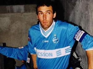 Laurent Blanc, patron de la défense olympienne pendant deux ans...Trop peu