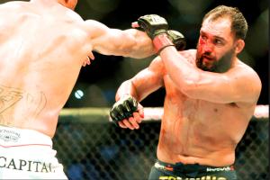 UFC 171 Hendricks-Lawler, agonie de JH