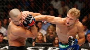 UFC 173 TJ Dillashaw vs Renan Barao
