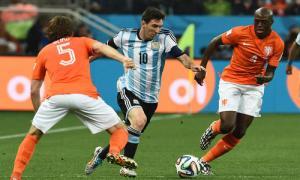 Argentine-Pays Bas, match des plus fermés, avec un Blind plus clairvoyant que les votants de la Fifa.