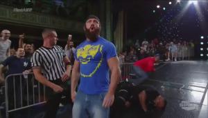 Aucune allusion à un retour du Knockouts Tag Team Title j'espère.