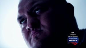 Merde, le Big Show vient de faire un turn, il va falloir que j'égalise.