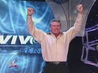 Maintenant que la feud est finie je vais pouvoir signer les vraies stars de la WCW : Ric Flair, Eric Bischoff, Nash, Hall, Hogan, Goldberg...