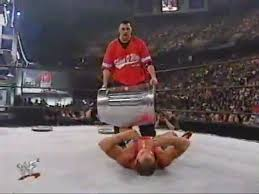 Angles Dépréciés 02-04 Kurt Angle vs Shane McMahon KOTR 2001