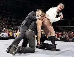 Comme toute entreprise la WWE est gangrenée par les histoires de fesses.